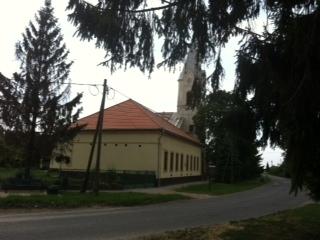 Az épület tornácjának szétszerelése és felállítása